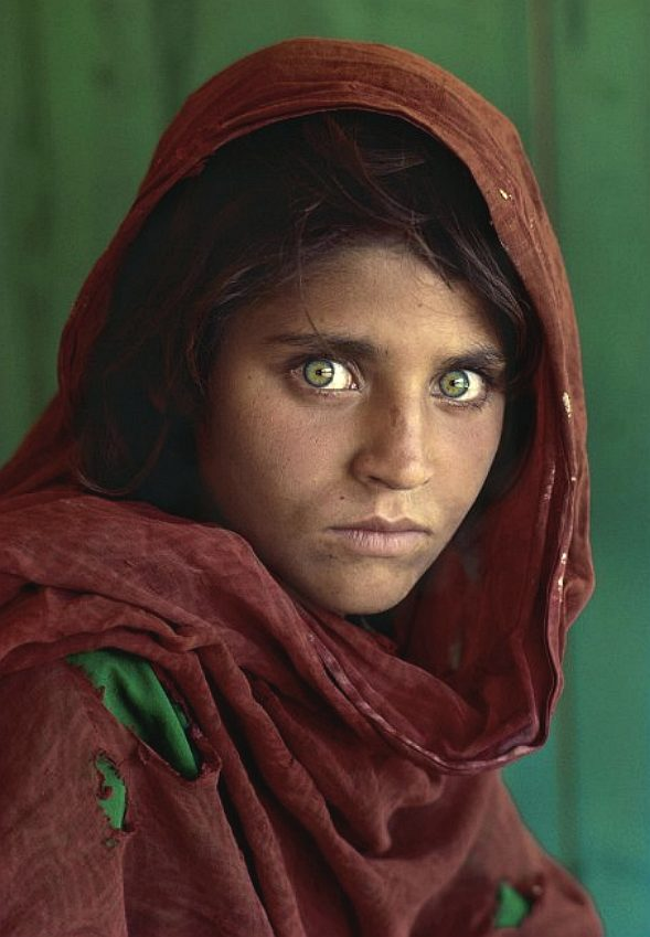 Sharbat Gula as a young refugee