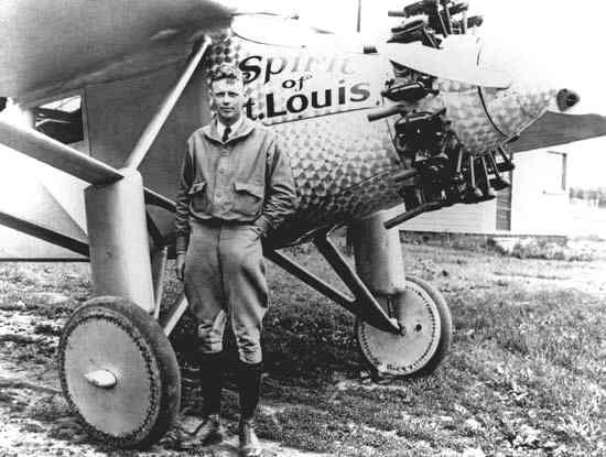 external image charles_lindbergh_spirit_of_st_louis_after_new_york_paris_flight_1927.jpg