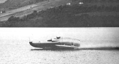 Crusader at speed on Loch Ness