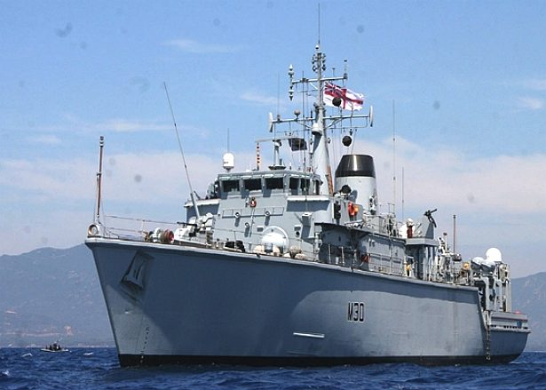 HMS Ledbury, Royal Navy mine hunter, Sardinia, NATO countermeasures
