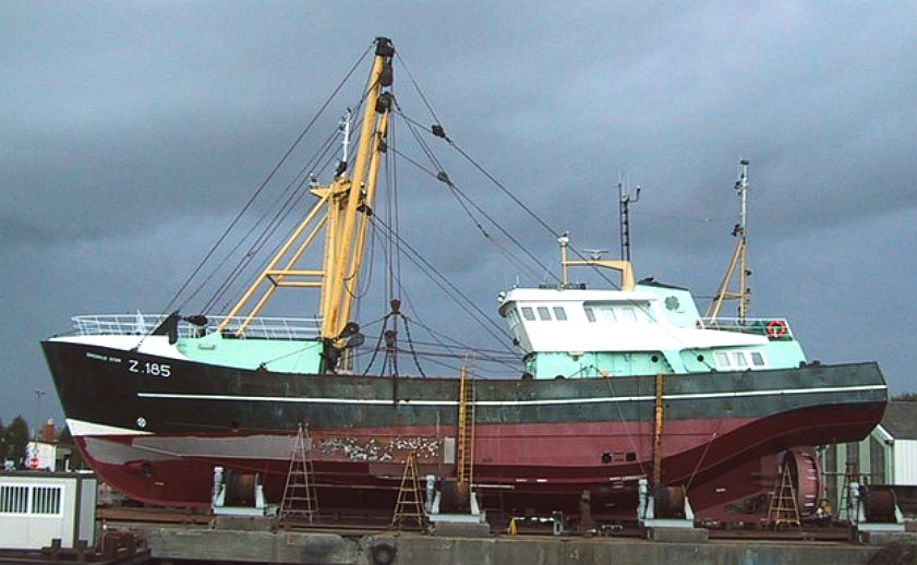 Secret traditional fishing boat plans gb for Build fishing boat