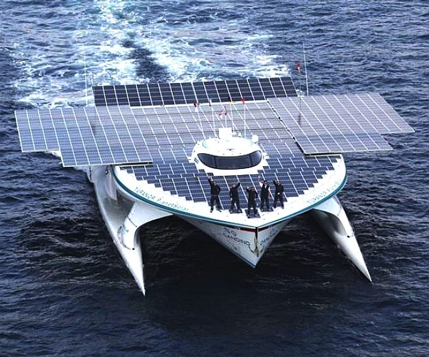 Turanor_PlanetSolar, world first solar powered navigation