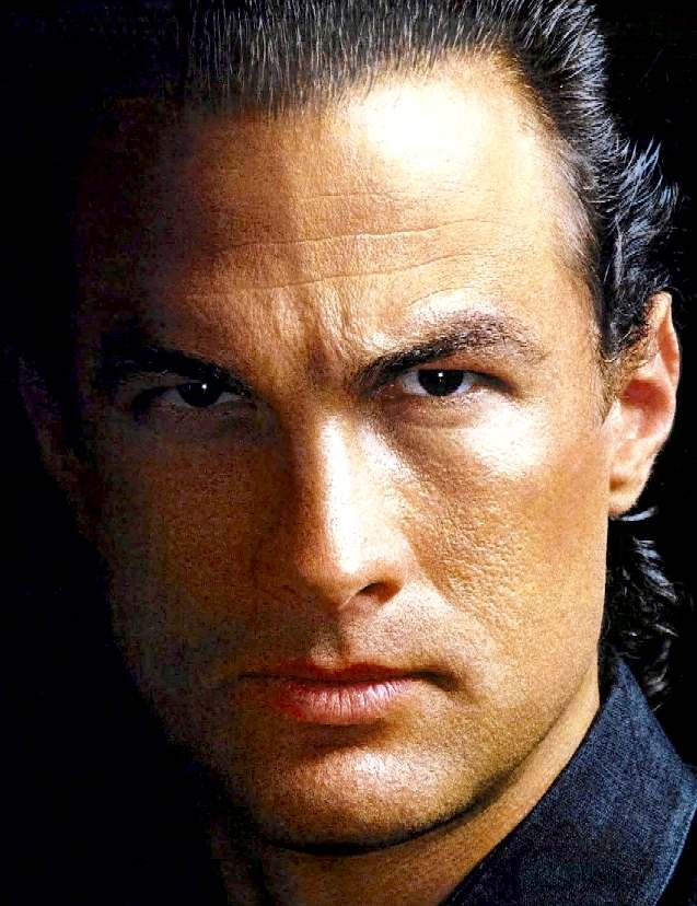 STEVEN SEAGAL HOLLYWOOD ACTOR CYCLES ELECTRIC UNDER SIEGE