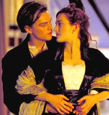 صور رومانسية لفيلم تايتنك Titanic_movie_Leonardo_di_Caprio_Kate_Winslett_embrace.jpg