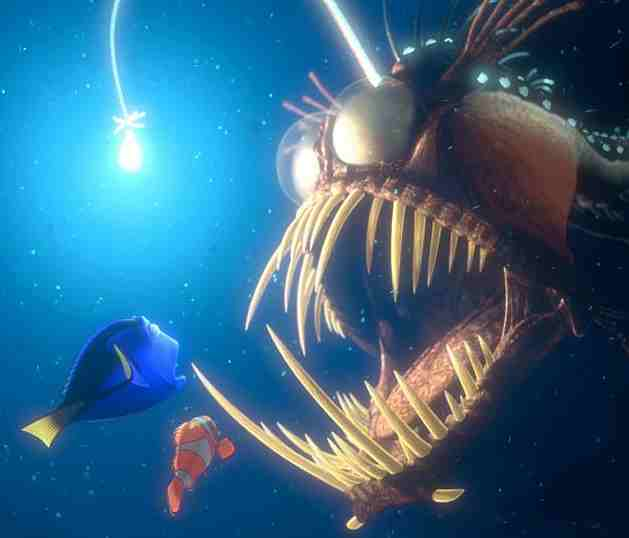 Finding Nemo - Dory and Marlin dodge an Angler fish