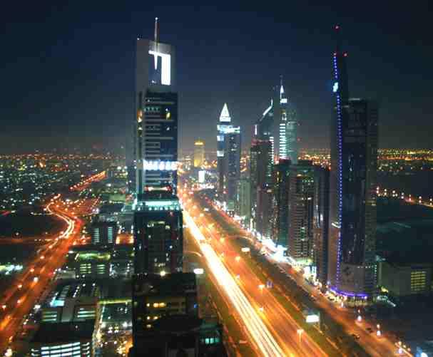 Dubai At Night , صور دبي في الليل Dubai_night_skyline
