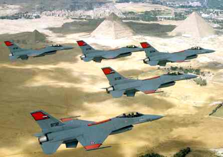 http://www.solarnavigator.net/geography/geography_images/Egypt_f16_fighter_planes_over_pyramids.jpg