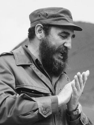 Fidel Castro reportedly appears in public