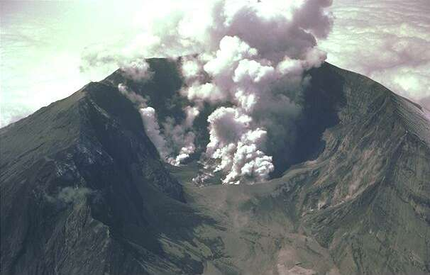 Mount St Helens smouldering after eruptpion 1980