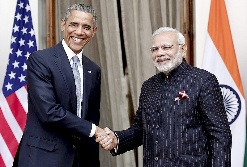 President Obama shakes hands with Prime Minister Narendra