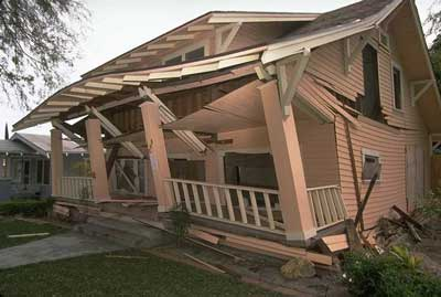 naturally occuring earth quakes Humanmade and naturally occurring earthquakes in the central us share the same characteristics, researchers have found this information will help scientists predict and mitigate damage from.
