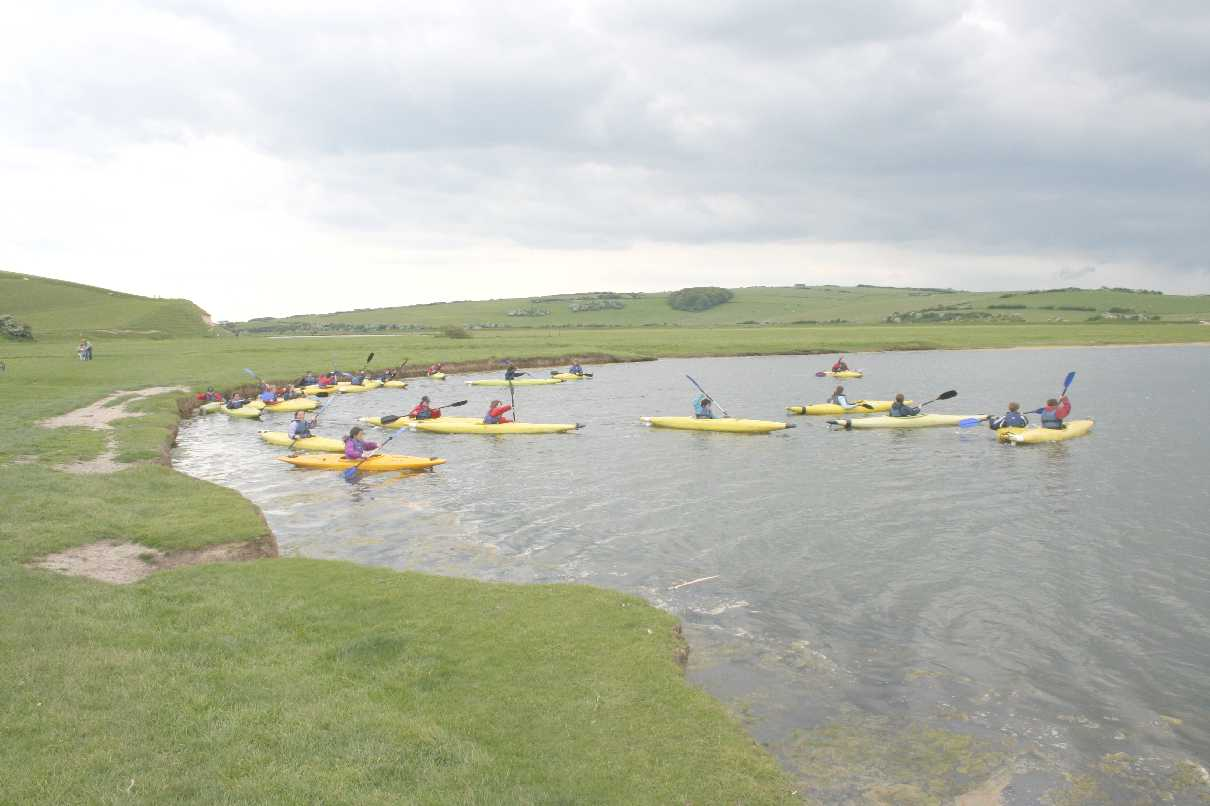 Cuckmere Haven canoe school learning how to paddle