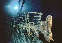 Titanic bow deep sea wreck