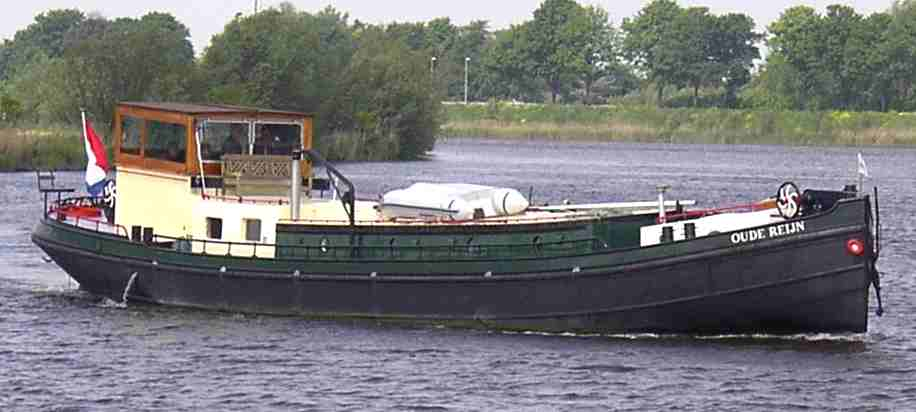 OUDE REIJN 21.00m x 4.09m a Luxemotor barge ideal for cruising and living