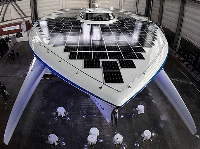 Cruising sailing yacht solar powered PlanetSolar world record circumnavigation