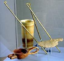 Herramientas e instrumentos Egyptian_mummification_tools