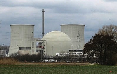 A nuclear (atomic fission) power station in France