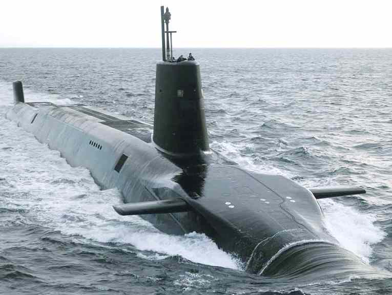http://www.solarnavigator.net/images/submarine_vanguard_class_nuclear.jpg