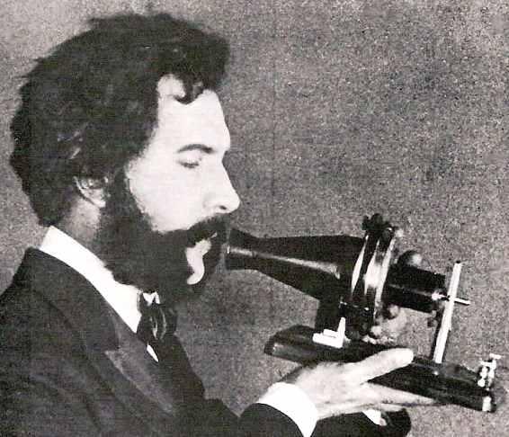 essay on alexander graham bell telephone