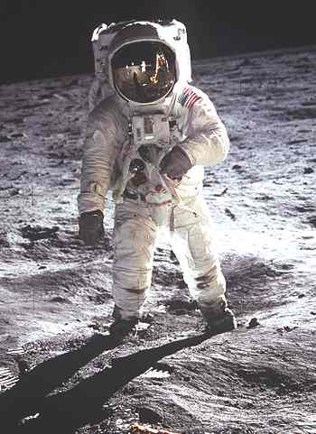 Apollo Moon Landing Photos. Apollo landing. The Moon