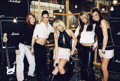 http://www.solarnavigator.net/music/music_images/Girls_Aloud_2005.jpg
