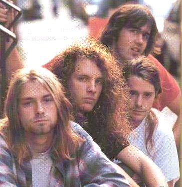 http://www.solarnavigator.net/music/music_images/Nirvana_band_members.jpg