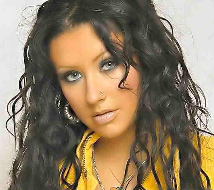 http://www.solarnavigator.net/music/musicimages/christina_aguilera_dark_hair.jpg