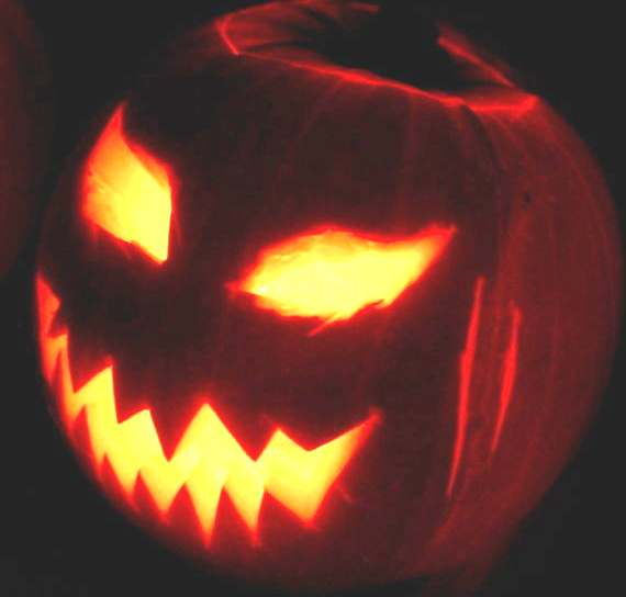 http://www.solarnavigator.net/mythology/mythology_images/Halloween_Jack_O_pumpkin_lantern_2003.jpg